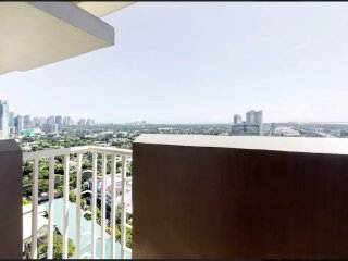 1 bedroom unit with balcony at Makati
