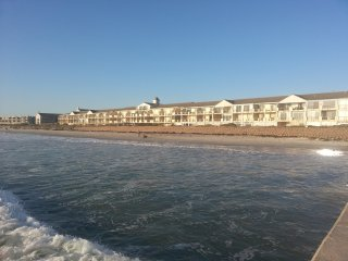 Lagoon Beach Waterfront,Milnerton