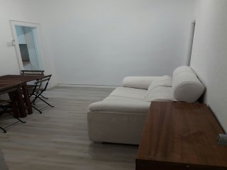 Private room in 2 bedroom flat, Madrid City Centre