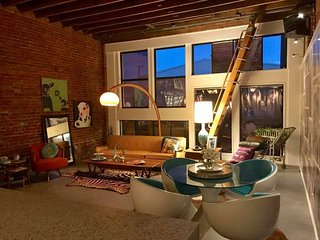 Loft Style Living in Rural Nowhere - Photographers, WSU