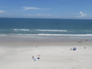 Direct Oceanfront - Great Views - Traffic Free Bea