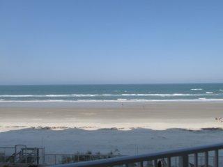 Direct Oceanfront - 2 BR 2 BA - Traffic Free Beach