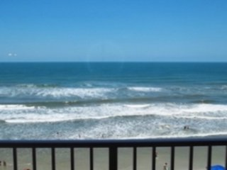 2 BR 2 BA - Direct Oceanfront - Traffic Free Beach
