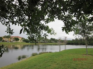 Location! Location! Location! Ft Myers - Tropical - Lake View