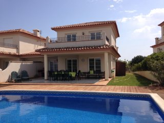 4 bedroom Holiday villa with private pool
