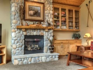 Luxury Lodge Style Home in Sunriver