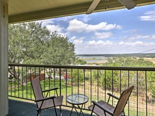 NEW! 1BR Canyon Lake Condo w/ Pool & Lake Views!