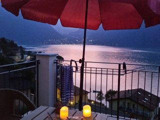NEW! LaDimora-Rosmarino, amazing view on the lake, 6 pers, 2 bath apartment