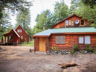 Llaima Camp, Cabañas y camping camino al Parque Nacional Conguillío