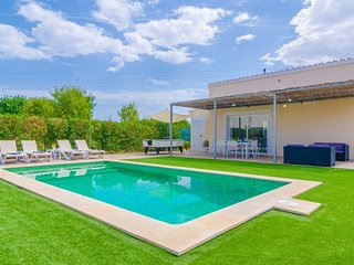 NOGUER - Villa for 4 people in LLOSETA