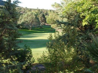 Sedona Twns-Sleeps 6-Gated-Quiet-Central Location-Hiking-Attractions-Golf-Tennis