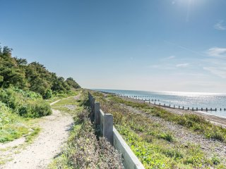 Large beach house by the sea near Goodwood, Arundel and the South Downs