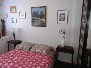 Chambre  tout confort et salle de bains privative attenante