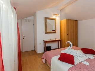 Apartments Roda - One Bedroom Apartment with Terrace (Mira)