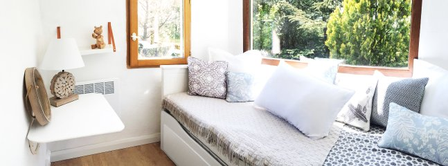 Guest house bedroom.