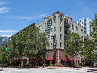 Desirable Stay Alfred on Peachtree Street