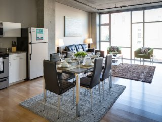 Excellent 6th Avenue Apartment by Stay Alfred