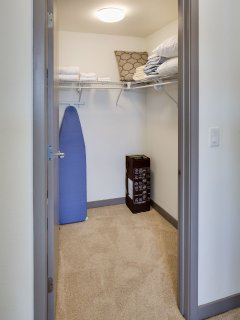 Stay Alfred San Diego Vacation Rentals Bedroom Closet