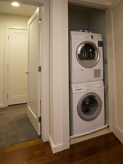 Stay Alfred Boston Vacation Rental In Unit Washer & Dryer