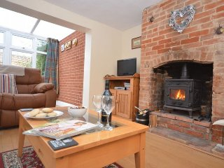 FISN8 Cottage in Bacton