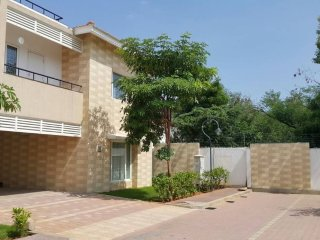 Luxurious 5 Bedroom Villa in Pudupakkam, Chennai.