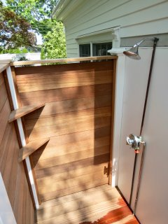 Immaculate outdoor shower