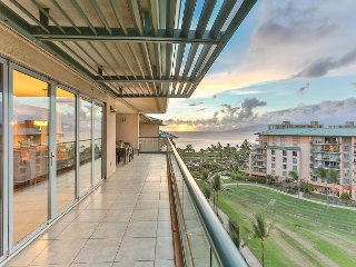 Great Ocean & Mountain Views & Huge Party Lanai! - Honua Kai - Hokulani 836