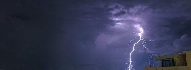 Tiempo tormentoso es también suberbe