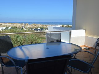5 Star Townhouse at Praia D'El Rey