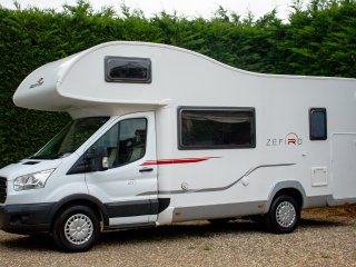 Motorhome Hire - Perfect Family sized 6 Berth 2015 - Bunkbeds & Kingsized bed