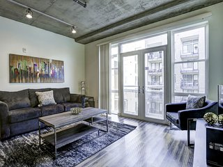 Phenomenal Premier Loft on Market Street by Stay Alfred