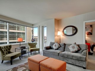 Awesome Westlake Avenue Apartment by Stay Alfred