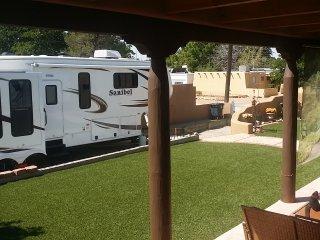 Private Luxury RV,Veranda, and Hot Tub