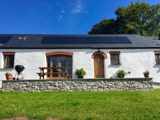 Luxurious barn conversion close to beaches and with Pembrokeshire national park