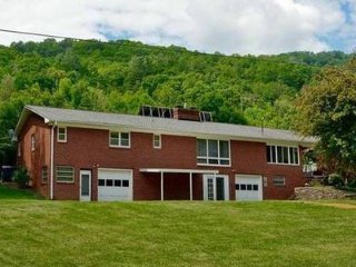 Beautiful Brick Rancher on 1.5 acres with Stream