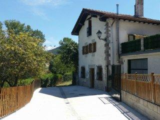 Casa Rural Zubiarena
