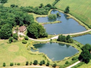 Whistley Waters Holiday Lodges and Fishery - Apple Tree Lodge