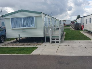 8 Berth caravan 3 bedrooms ref tm51