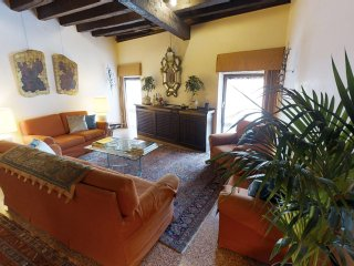 Palazzo Mocenigo - Romantic and Luxury flat with Canal Grande View
