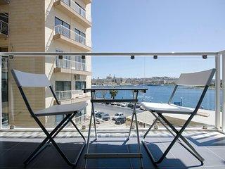 Bastion Views Sliema 2-bedroom apt