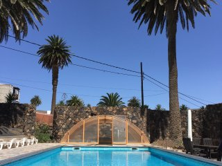 Country Home with Heated Pool, Casita Palmera, Haria, Lanzarote (5 min to Beach)