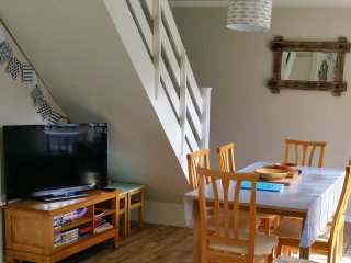 In lodge is pay as you use WiFi, freeview TV, dvd player, dvds, games and books