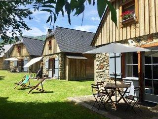 Residence 3 etoiles Les Chalets d'Arrens Chalet 6 personnes