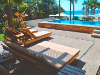 102 A ,Stunning beach front  condo in Punta de Mita Location