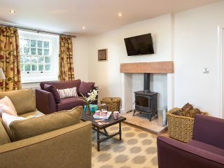 Luxury Ullswater Pet Friendly Holiday Cottage Home Farm House, Hutton John