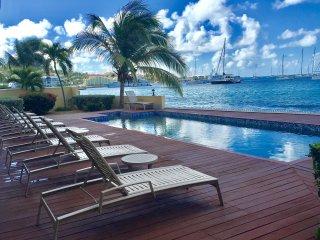 Villa Casa Carib, Luxuary 2 Bedroom/2 Bath on Simpson Bay Beach