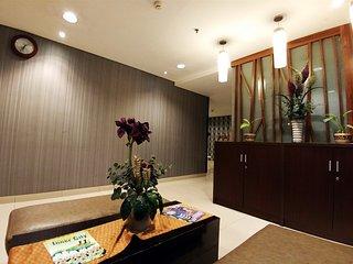 Big Studio At Cosmo Terrace Apartment Thamrin City By Travelio