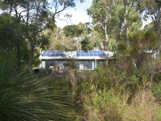 The Cow Town House - Cowaramup, Margaret River - gorgeous new property