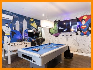 Reunion Resort 700 - villa with pool, game room and themed bedrooms near Disney
