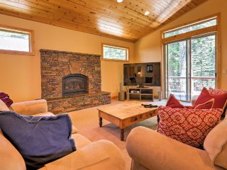 West Shore, Lake Tahoe Cabin Retreat- MID-WEEK SPECIALS